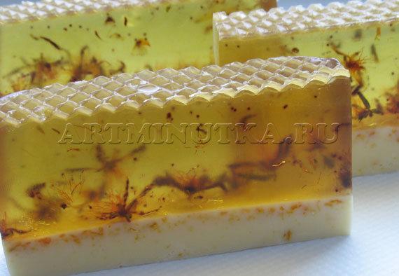 Шаг 13-2 - разрезаем брусок мыла на три кусочка - фото