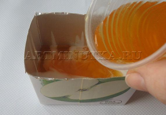 Шаг 15-1 - выливаем оранжевую основу - фото