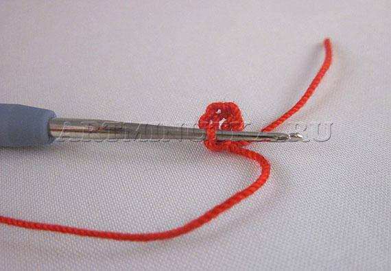 Вязание сердечка начинаем с цепочки из воздушных петель - фото