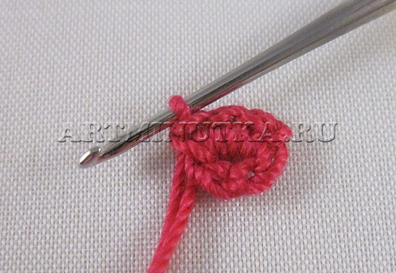 Как связать крючком сердце - вяжем ряд 1